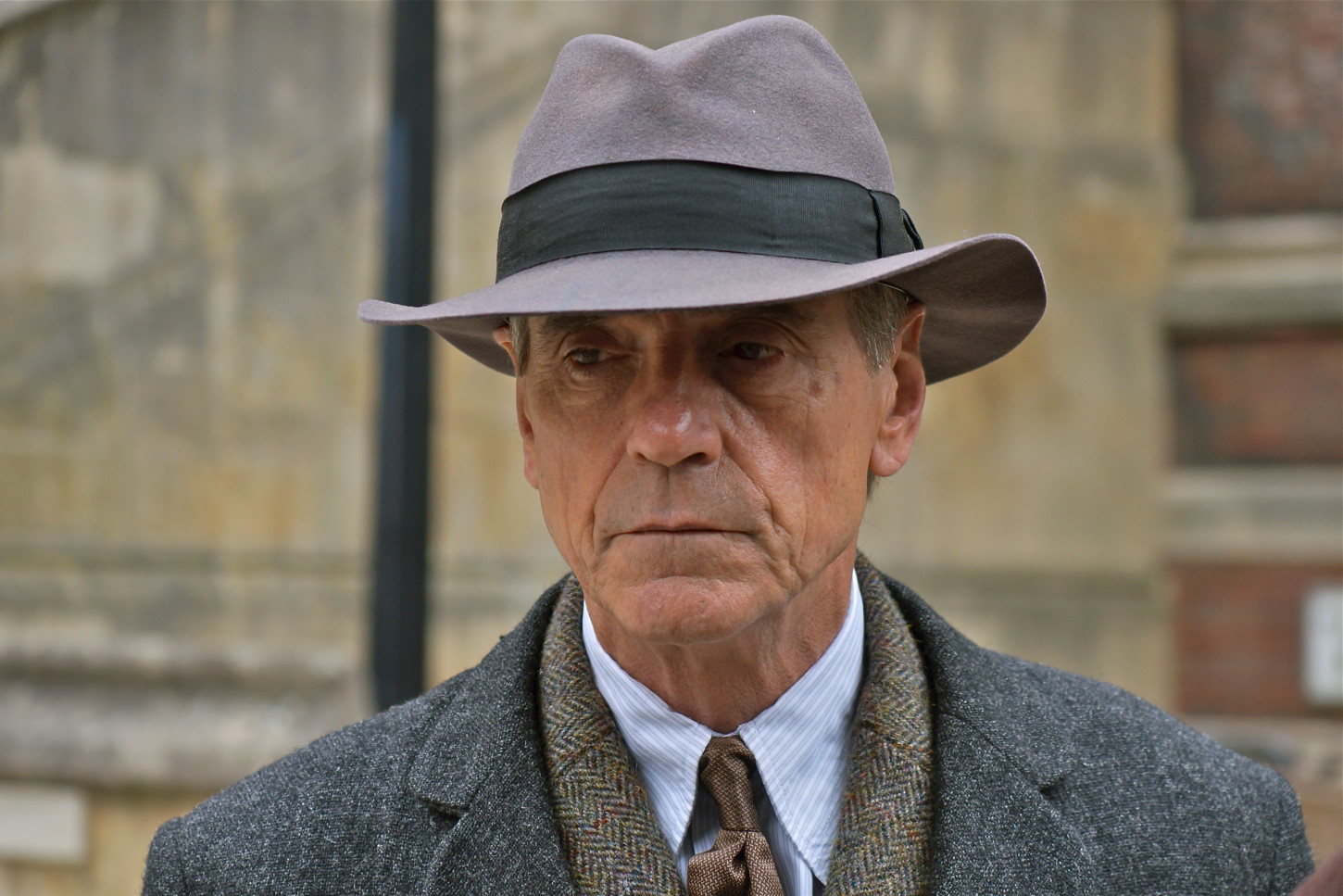 "Jeremy Irons in ""The Man Who Knew Infinity"""
