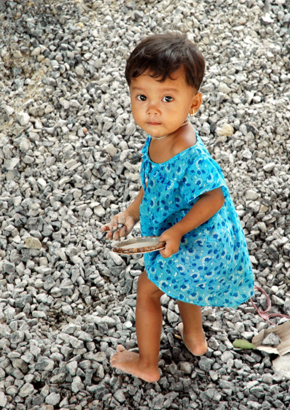 Post-tsunami Thai Girl